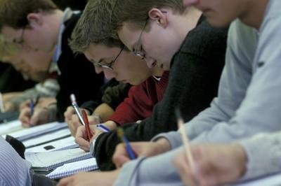 Studierende in einer Vorlesung